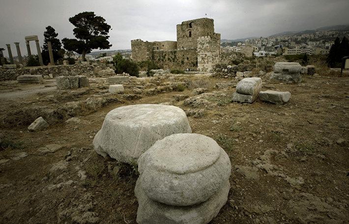 Руины цитадели крестоносцев в Библе