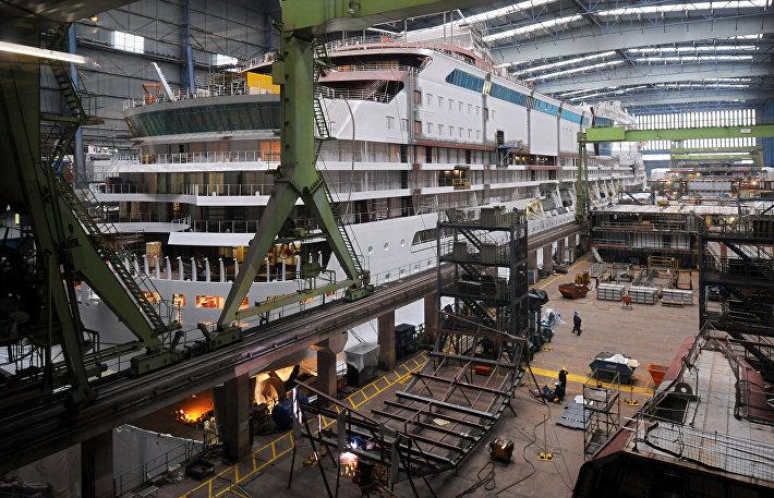 Вервь Meyer Werft в Папенбурге, Германия
