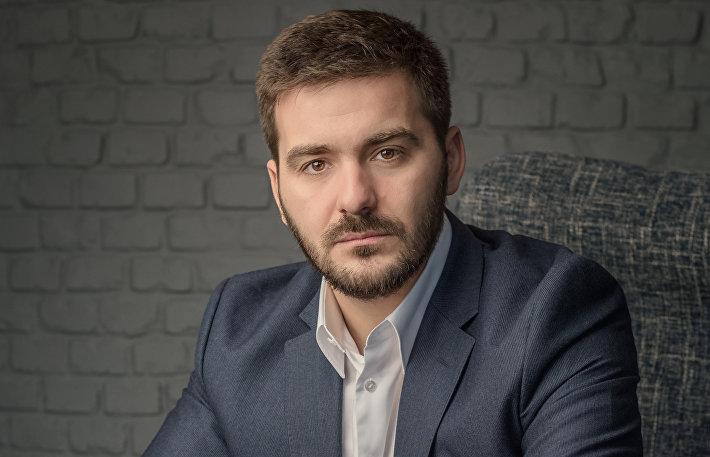 Артем Петрухин